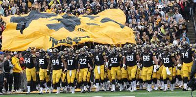 Swarm Purdue Hawkeyes Football