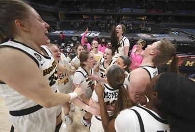 Women's Basketball Celebrate
