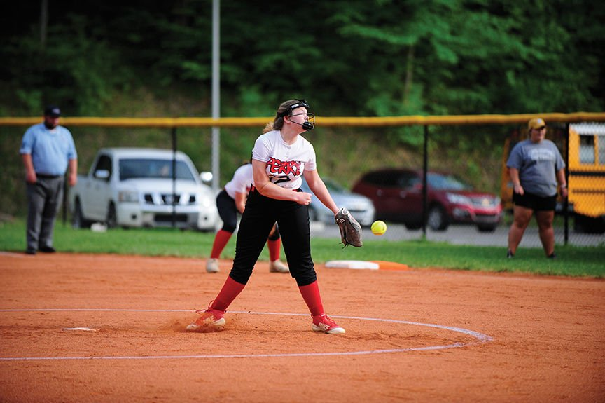 5-2 perry central Kim Hughes (pitching).jpg