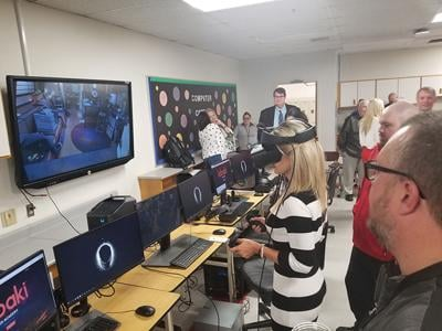 Perry Schools launch state's first Virtual Reality Academy