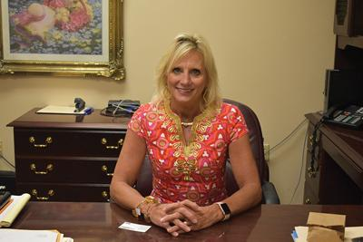 Hazard Independent's new superintendent takes office