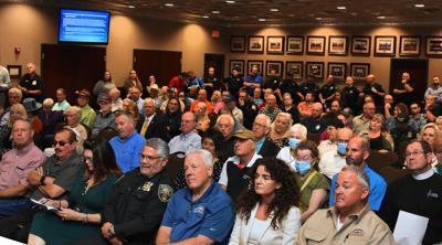 Council meeting 10-04