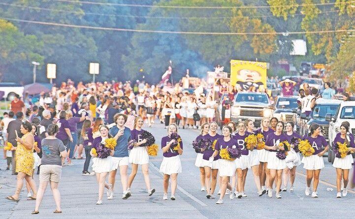 Homecoming Parade 1