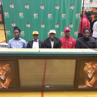 Stockbridge Football Signees