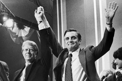 Carter_and_Mondale_celebrate_primary_victories_in_Minneapolis,_MN._3-13-84..jpg
