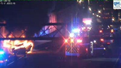 Stolen car, fiery crash leave 2 dead, shut down I-75