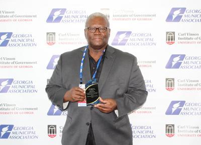 Alphonso Thomas receives GMA certificate of distinction