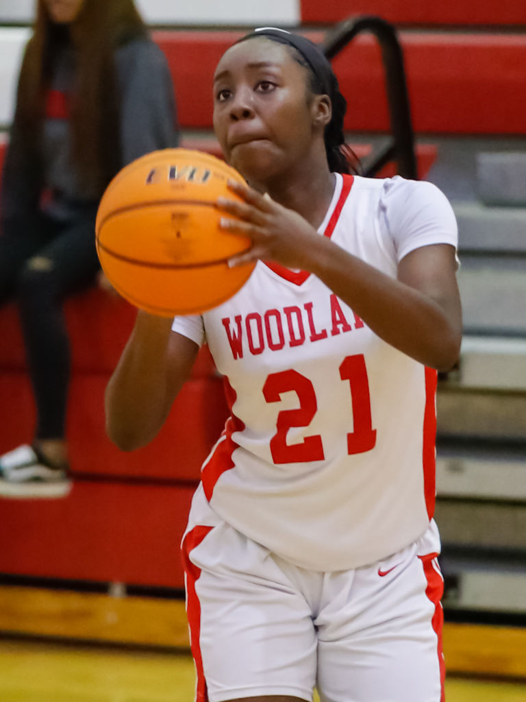 Woodland Girls Basketball downs Clarkston (2).jpg