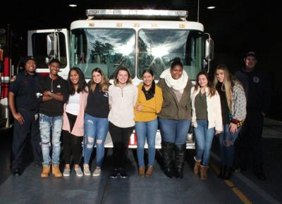 Woodland health occupation students give back to EMTs