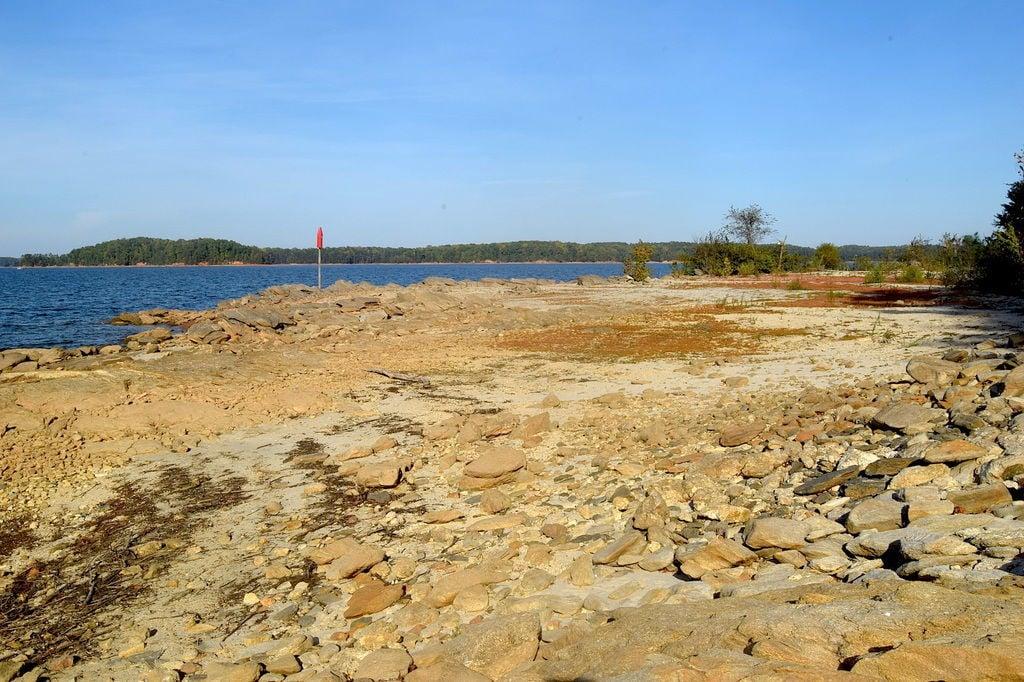 Lake Lanier 2017 drought photo