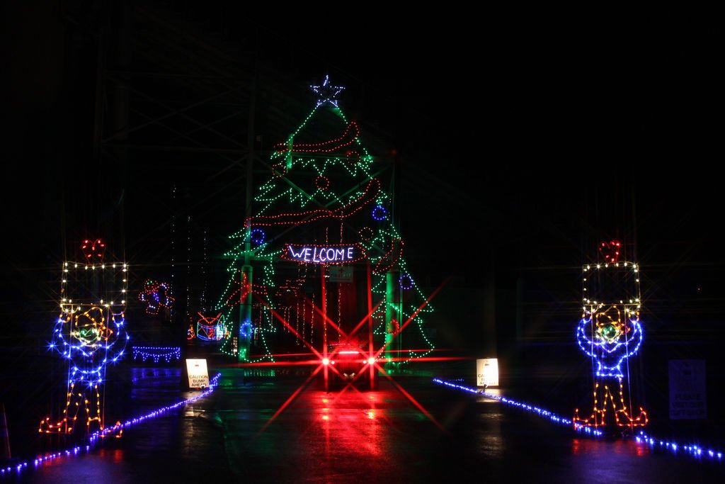 Atlanta Motor Speedway Christmas Lights 2019 Atlanta Motor Speedway to transform into Winter Wonderland for
