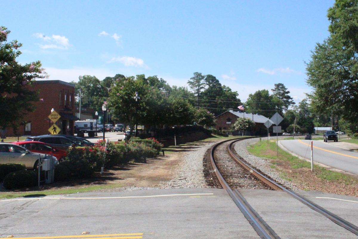 Hampton supports one-way West Main Street