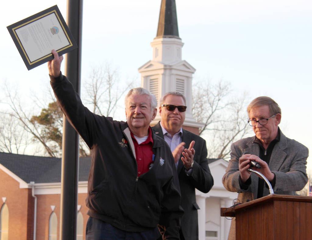 Racing legend Bobby Allison inducted into Hampton Speed Lane