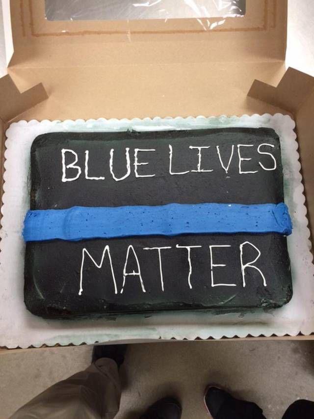Walmart Employees In Mcdonough Refuse To Make Cake For Retiring Law