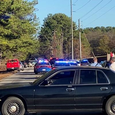VIDEO: Domestic incident, manhunt shuts down Racetrack Road