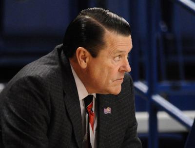 Longtime Georgia women's basketball coach Andy Landers retires