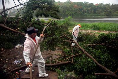 Hurricane Isaias lashes the Bahamas as it heads toward Florida