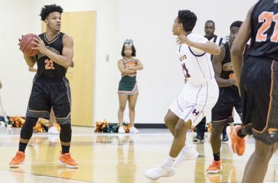 Davian Johnson embraces criticism and struggles of Stockbridge's basketball team