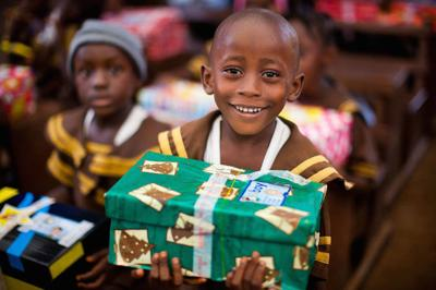 operation christmas child reaches children worldwide with more than a shoebox gift - Operation Christmas Shoebox