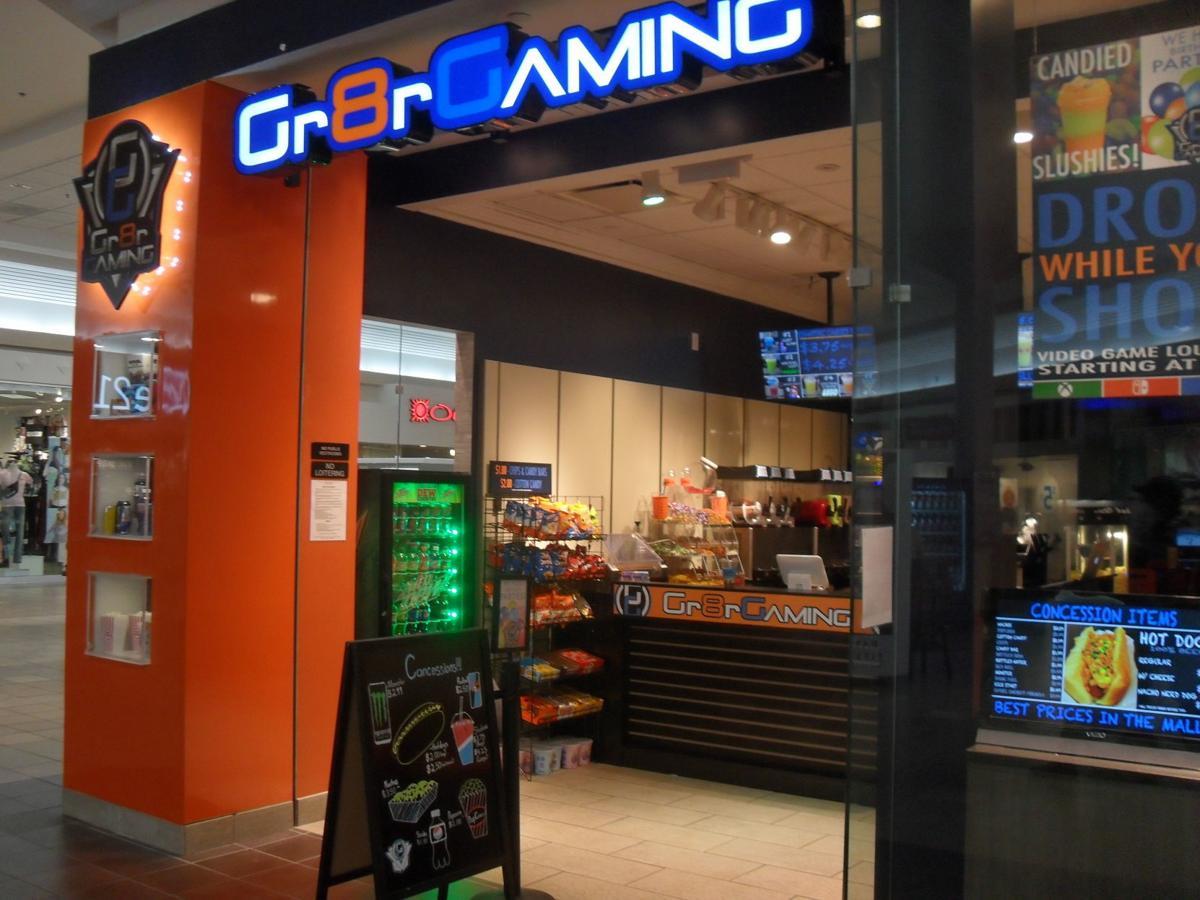 gaming2.JPG