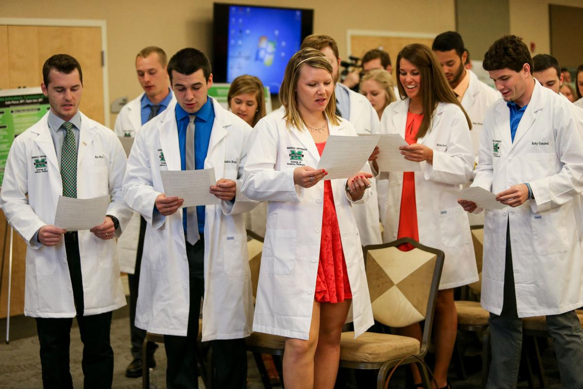 Huntington physical therapy - Physical Therapy Students Receive White Coats At School Ceremony