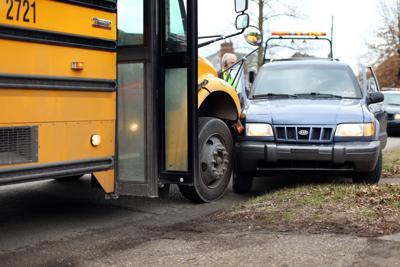 SchoolBusAccident-01