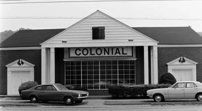 Colonial Motors.JPG