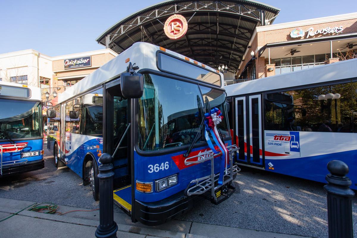 20201022 buses 02.jpg