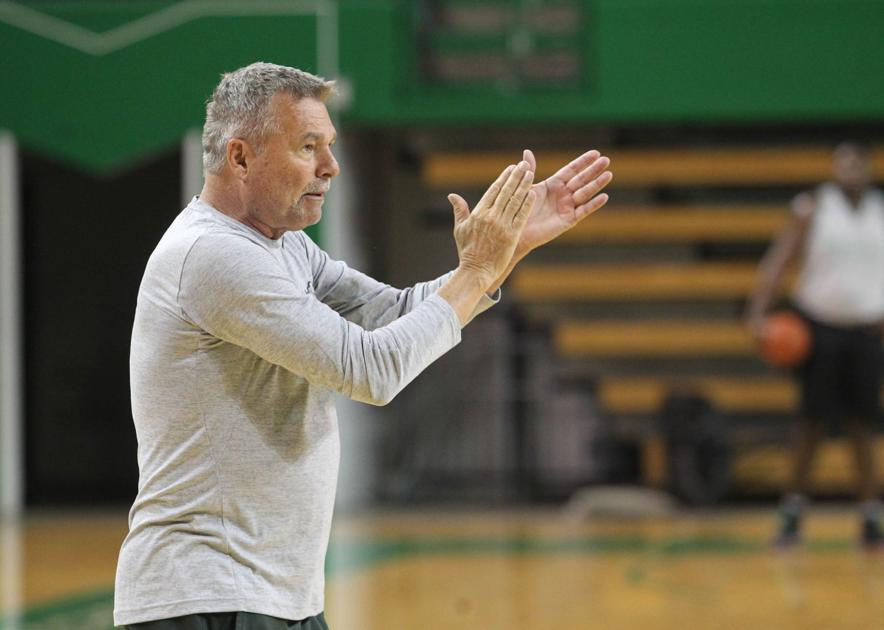 D'Antoni promises exciting Herd basketball in 2017-18