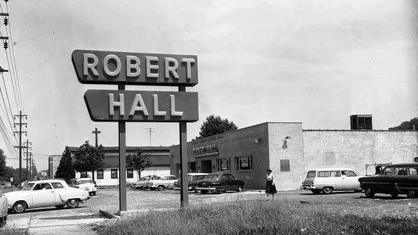 Lost Huntington: Robert Hall Clothes