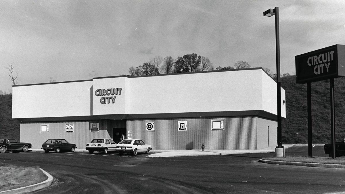 Lost Huntington: Circuit City