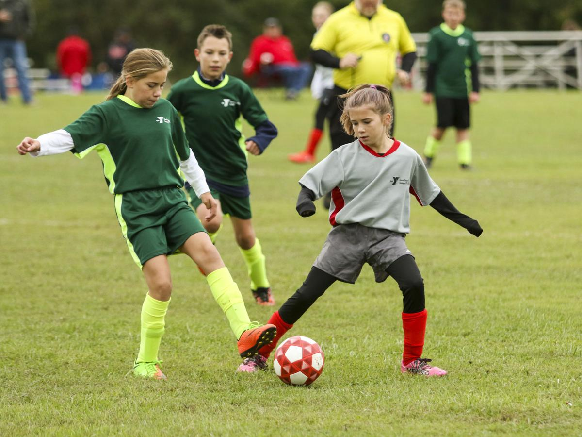 2018 1014 youth soccer05.jpg