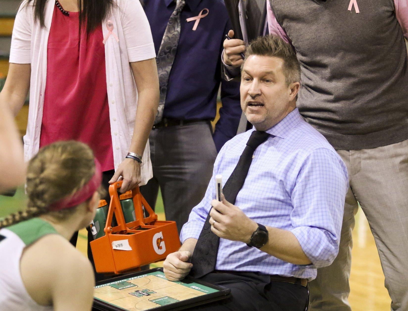 Matt Daniel resigns as MU womenu0027s coach
