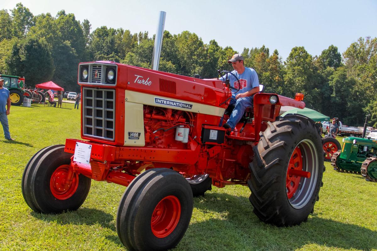 0804_tractors