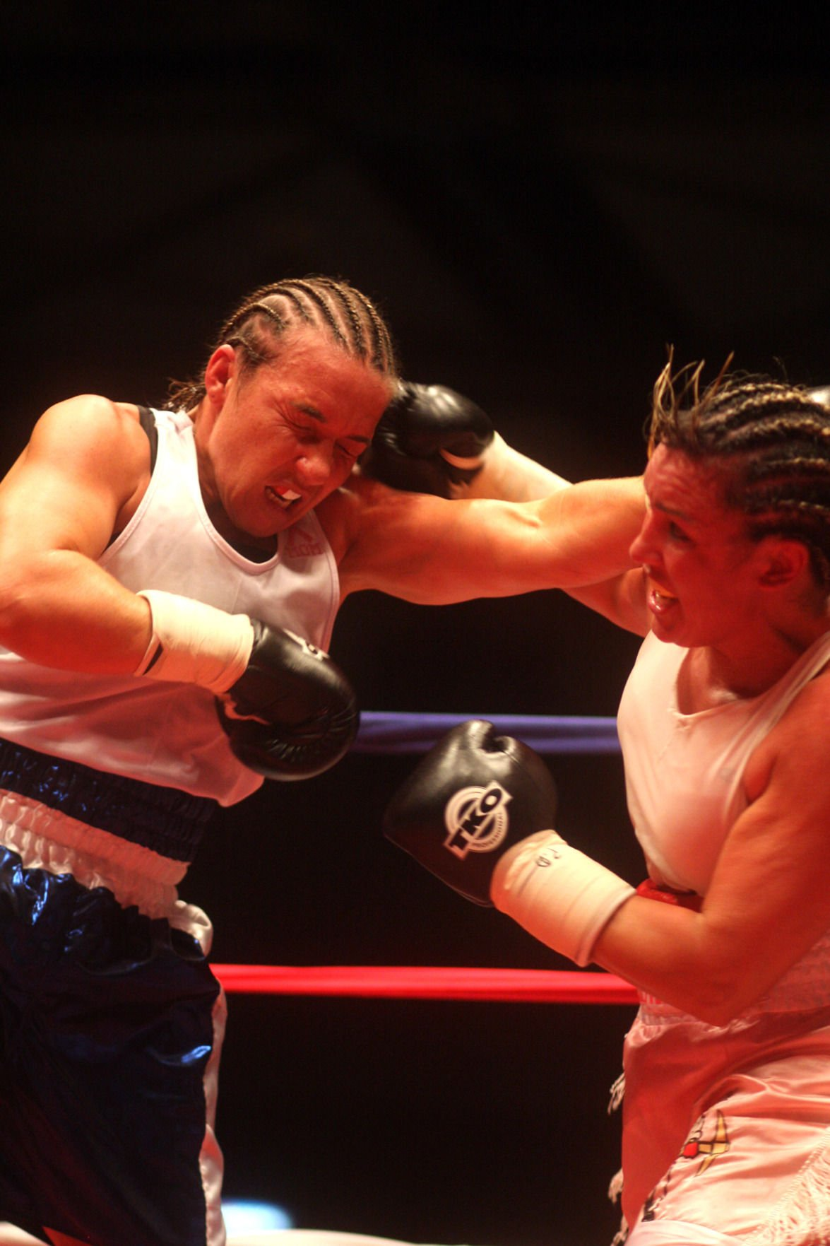 images Christy Martin boxing
