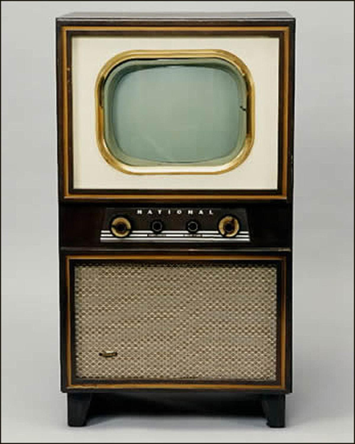 Vintage television sets entertain many collectors ...