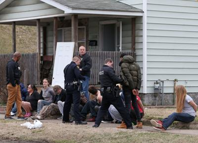13 detained, 6 arrested during drug raid in Huntington | Recent News