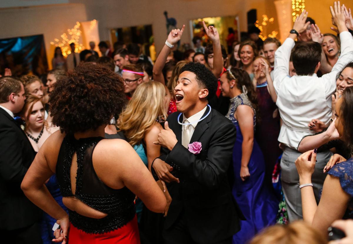 Photos Huntington High Prom Multimedia Herald