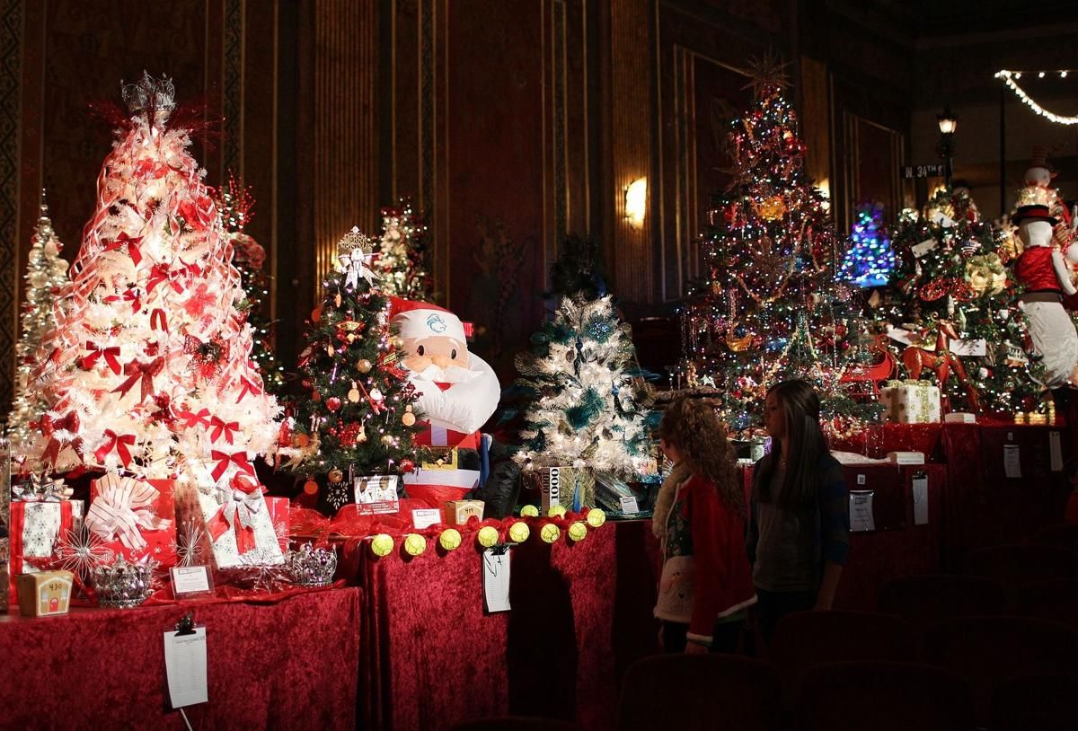 Volunteering In Ashland Oregon Christmas Day 2021 Festival Of Trees And Trains Lights Up Ashland News Herald Dispatch Com