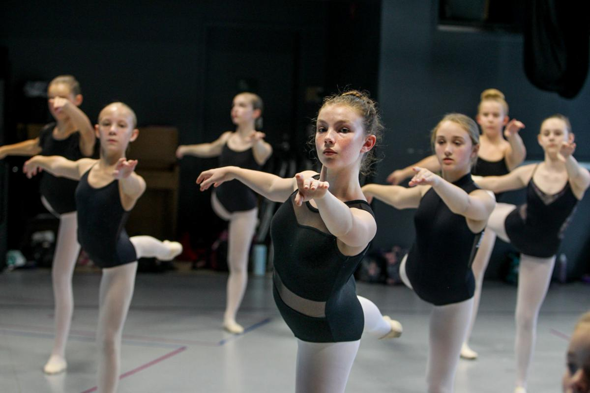 0923_dancers