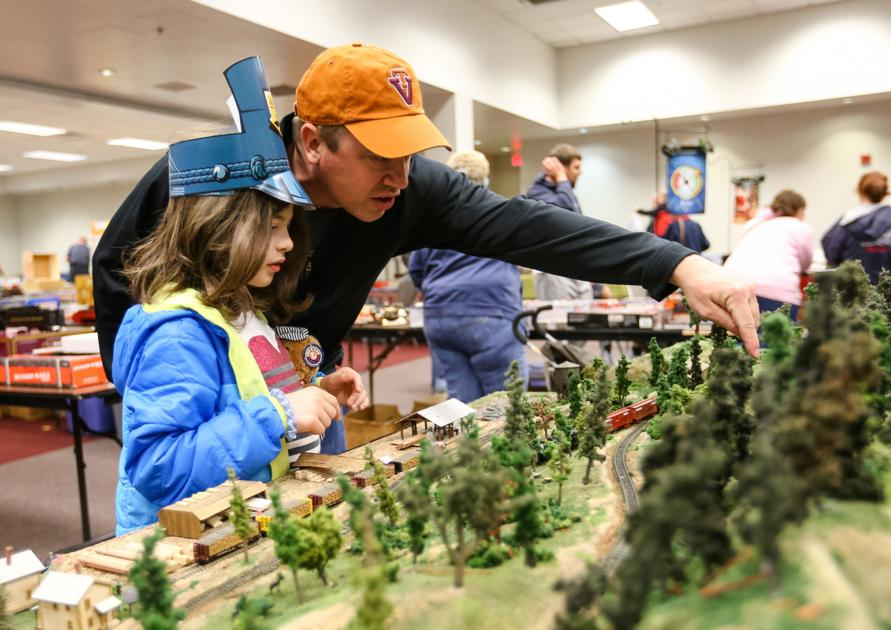 From Christmas voyages to festivals, trains bring holiday joy