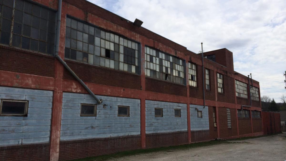 Lost Huntington: Maidenform Huntington plant