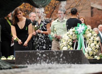 2008 1115 memorial 40
