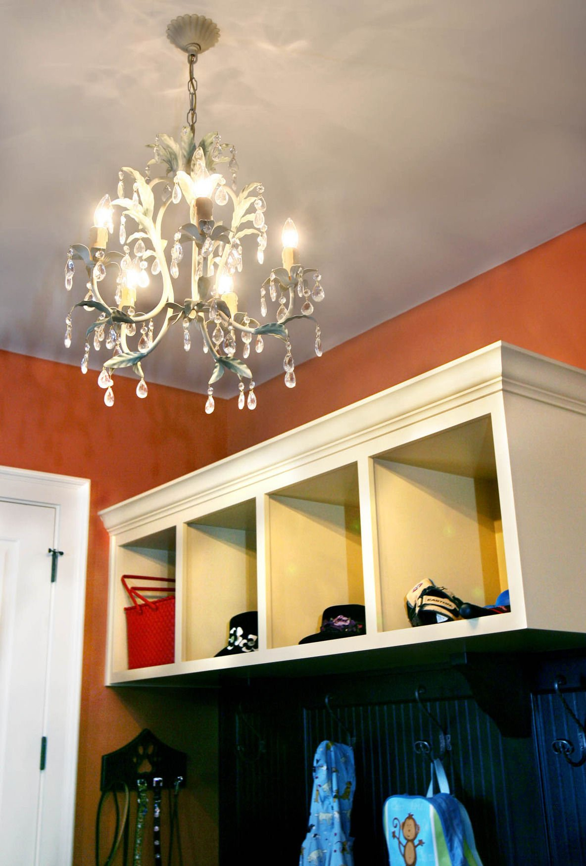 Chandelier lighting: A Southern style travels well | Features ...