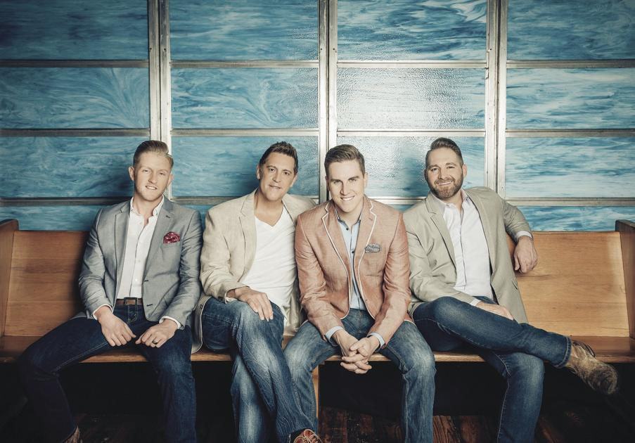 Ernie Haase and Signature Sound bring Christmas show to Milton