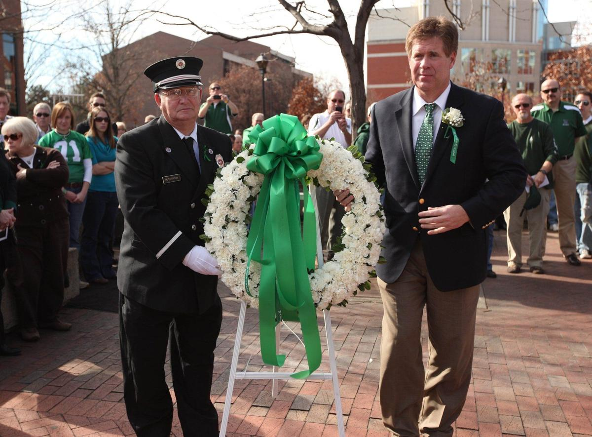 2009 1115 memorial 13
