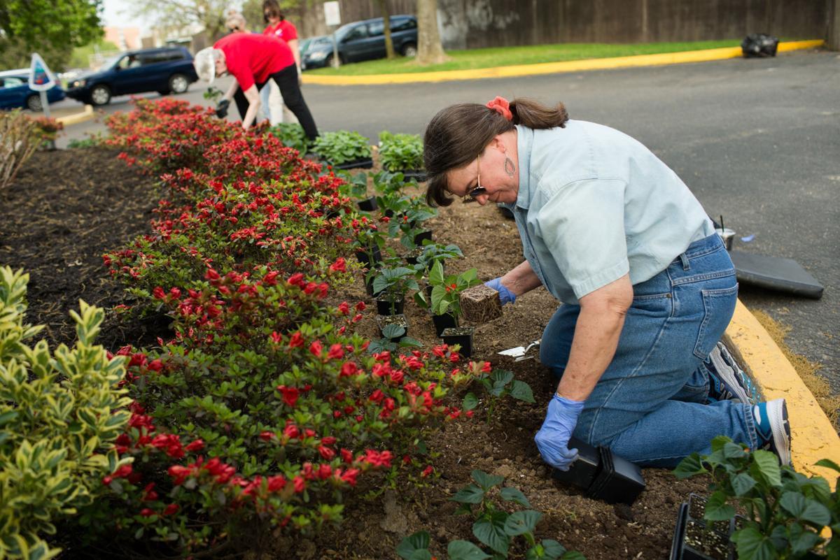 Annual beautification effort begins in Huntington | News | herald ...