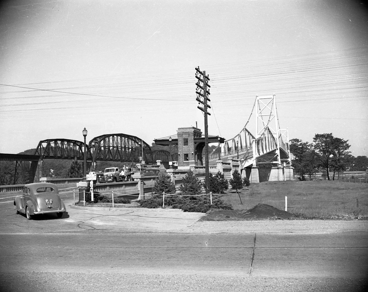 Gallery: Historical photos of the 1967 collapse of the Silver Bridge | Photos News | herald-dispatch.com
