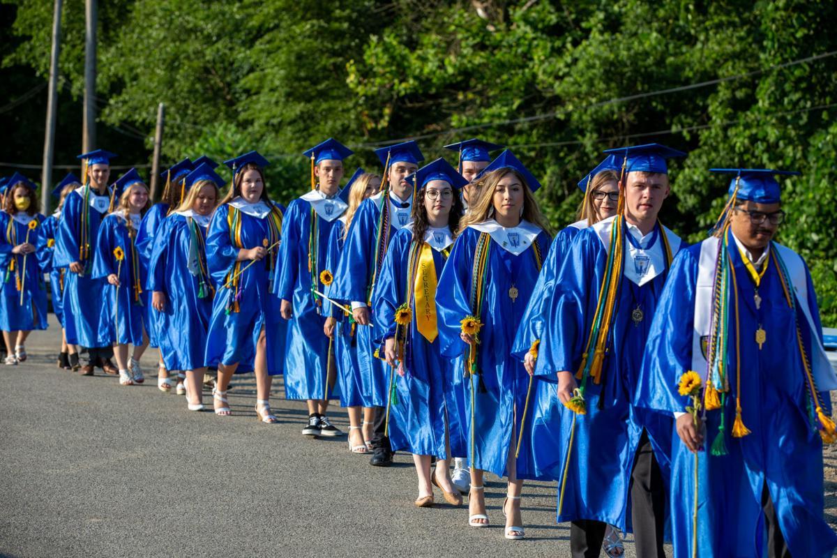 20200701-log-graduation-p2.JPG
