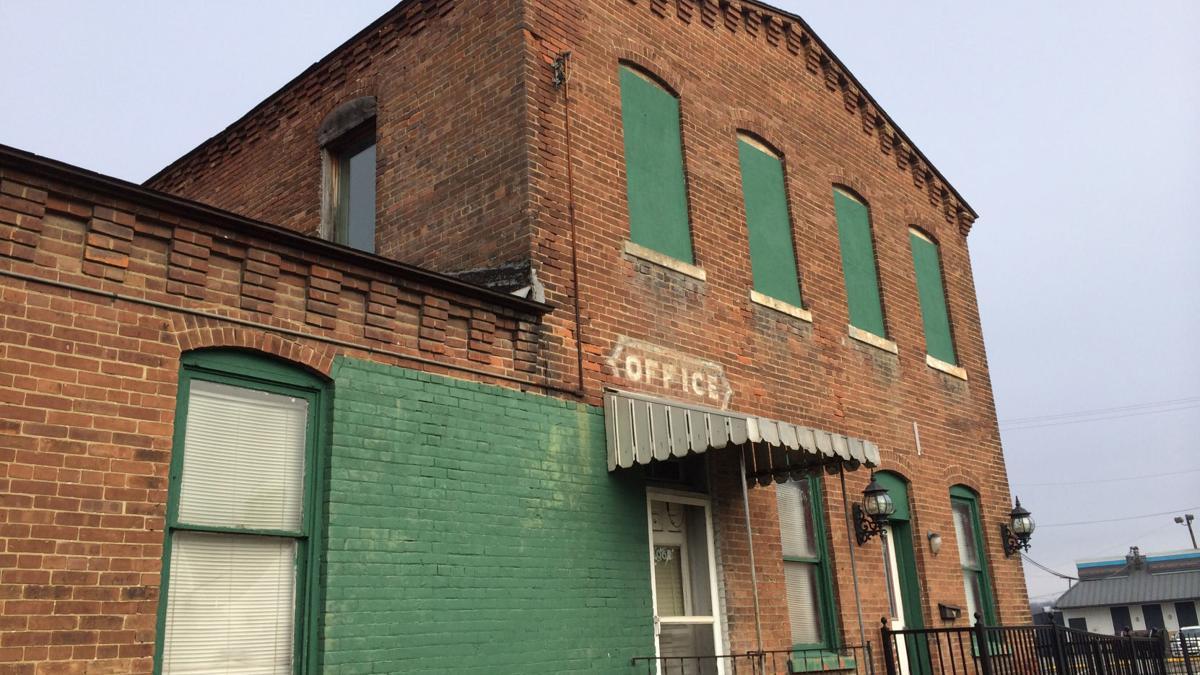 Lost Huntington: D.E. Abbott & Co.